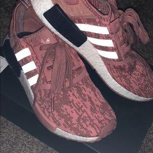 Adidas NMD_R1 Women's Size 8 Pink Camo